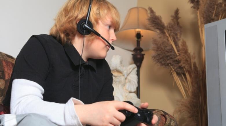 Adicción a internet en niños y adolescentes